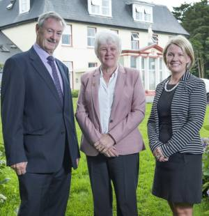 Minister-Catherine-Byrne-Visits-Tabor-Group